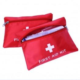 Аптечка Highlander First Aid с наполнением красный